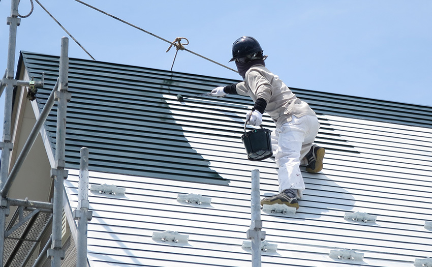 4屋根中塗り